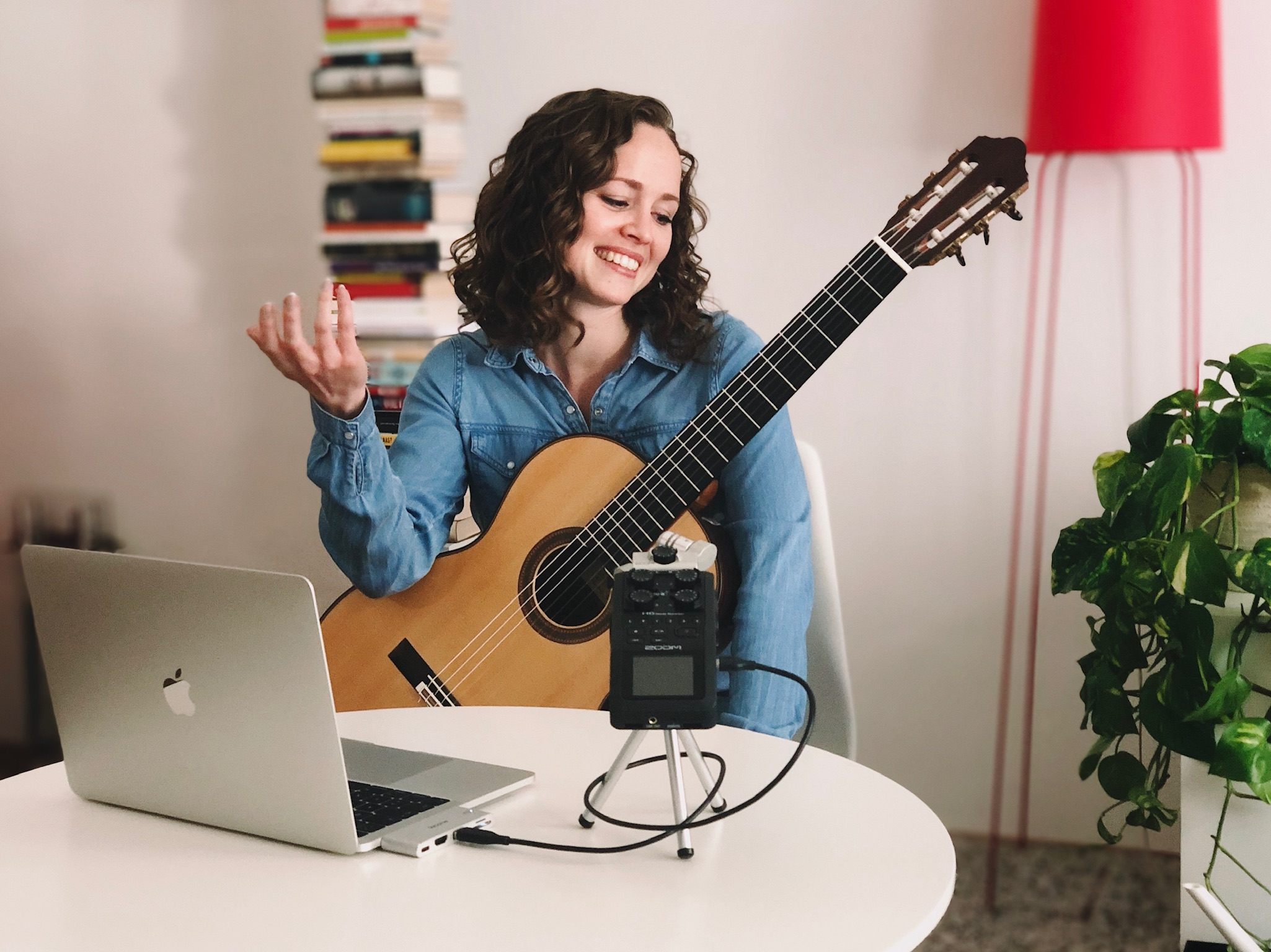 online guitar lessons with Jessica Kaiser